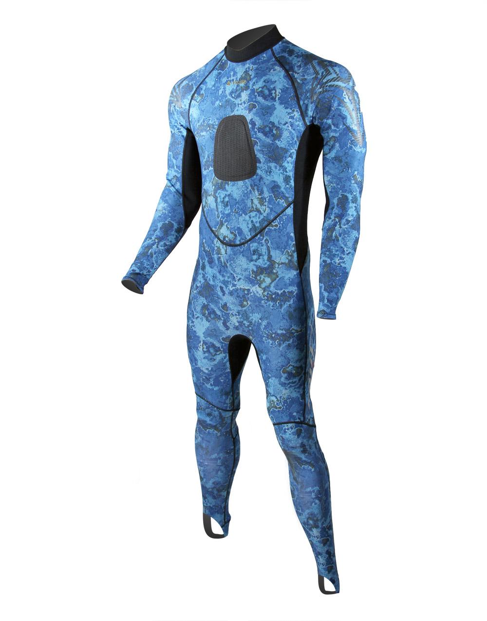 костюми от Ликра