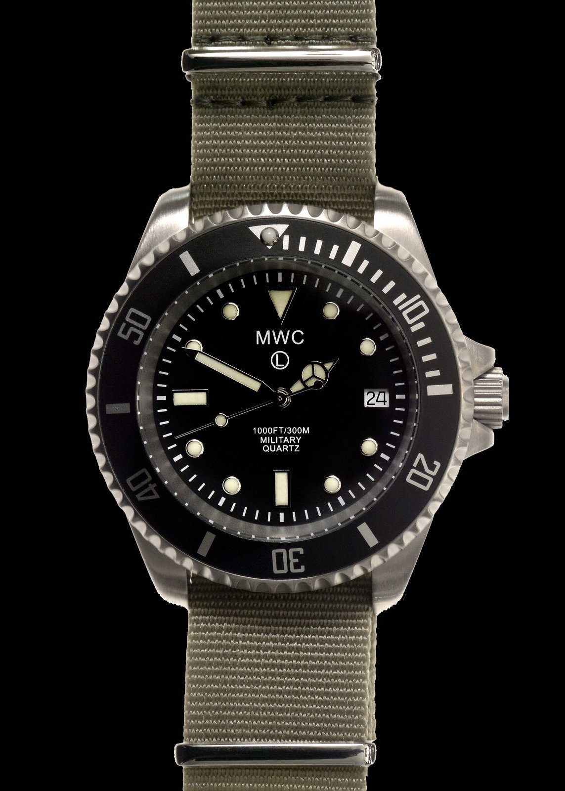 Водолазен часовник MWC 300m / 1000ft Stainless Steel Quartz Military Divers - MWC