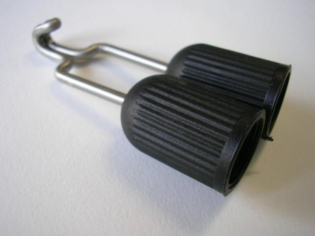 Устройство за лесно зареждане на ластични харпуни – Sigalsub